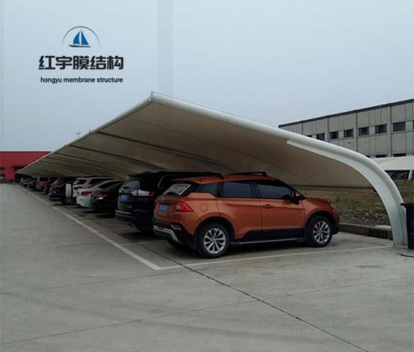 膜结构停车棚如何防水工作